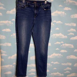 "NYDJ- Alina ""Legging"" Jeans size 18"